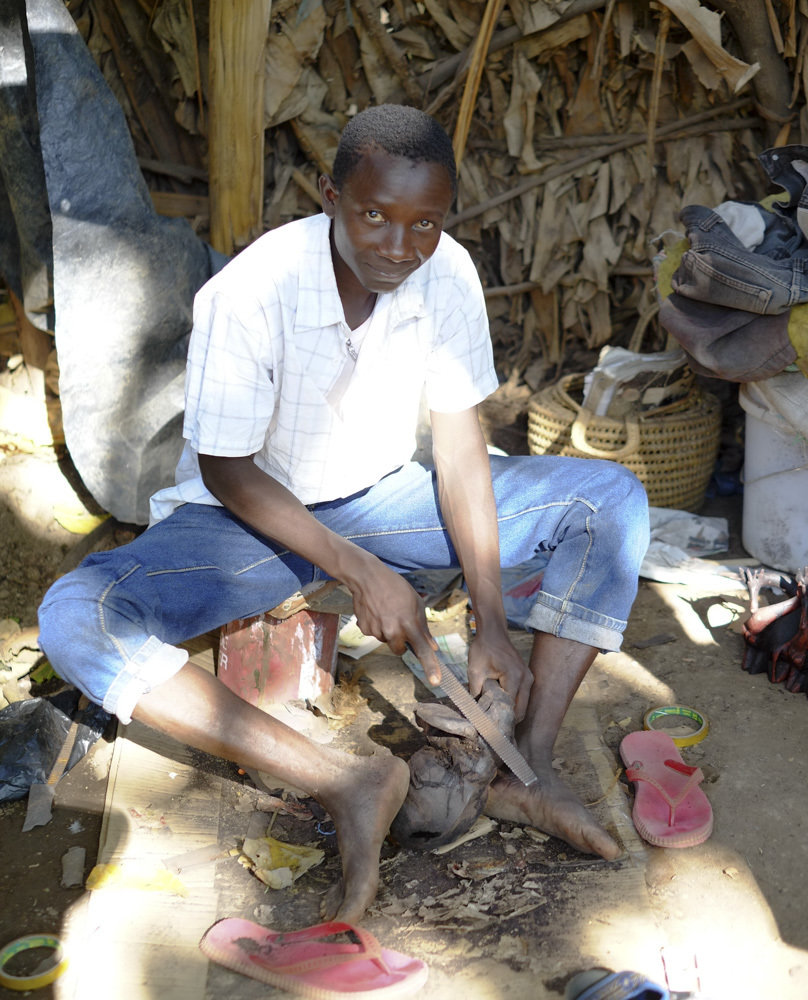 Woodcarver in Tanzania